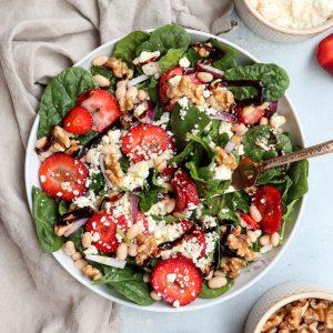 white bean strawberry feta spinach salad // cait's plate