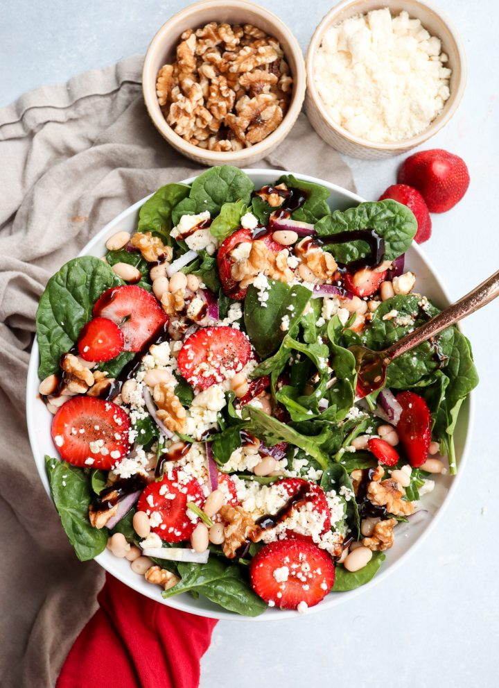 white bean strawberry feta spinach salad // cait's plate