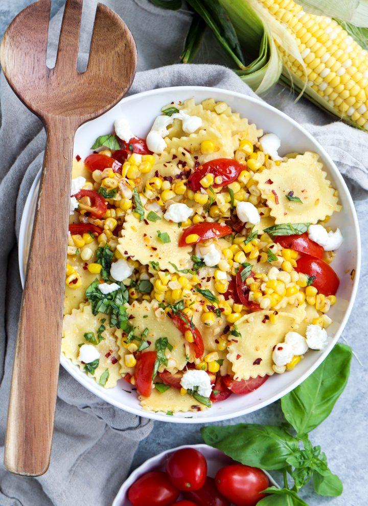 spicy corn & tomato basil ravioli // cait's plate